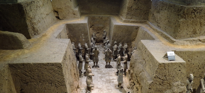 terracotta-warriors-landscape-pit-xian