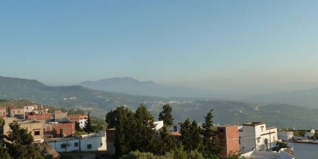 Chefchaouen Backpacking in Morocco