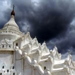 Mandalay Payas, Monks and Monasteries